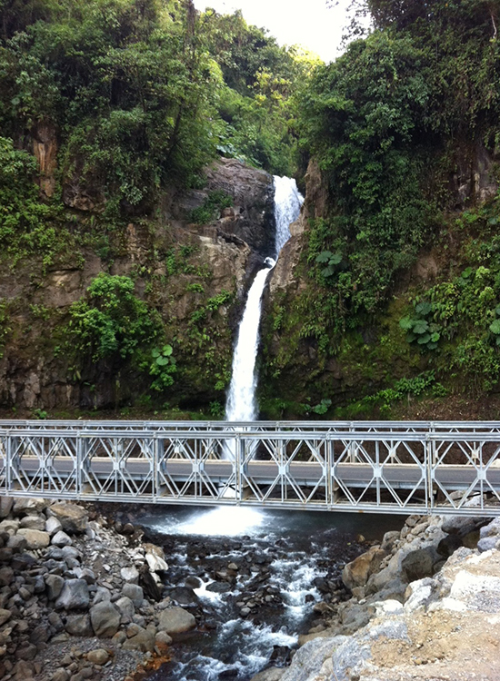 Nightingale--La-Paz-Waterfall